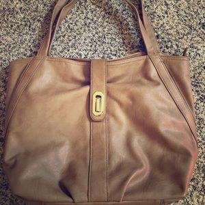 ❤️⭐️🌟like new Olivia & Joy tan leather 👜 🌟⭐️❤️